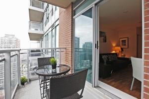 Balcony 2 50 Lynn Williams 1713