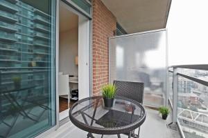 Balcony 4 50 Lynn Williams 1713