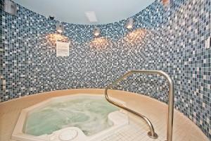 Hot Tub 50 Lynn Williams
