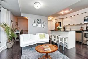 100 Western Battery 802 Living Room 6