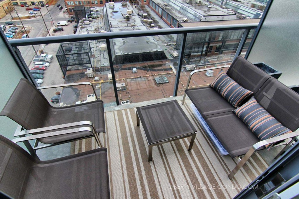 5 Hanna 715 balcony 2