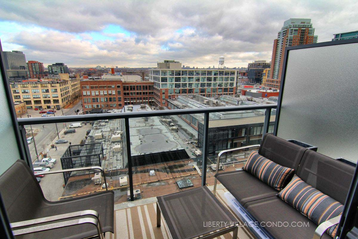 Just Sold Over Asking Price 1 Bedroom Loft Suite At 5 Hanna Ave 715 Liberty Village
