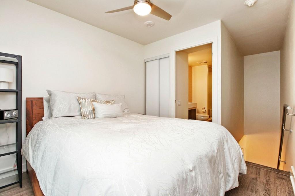 5 Hanna Ave 715 Bedroom 2