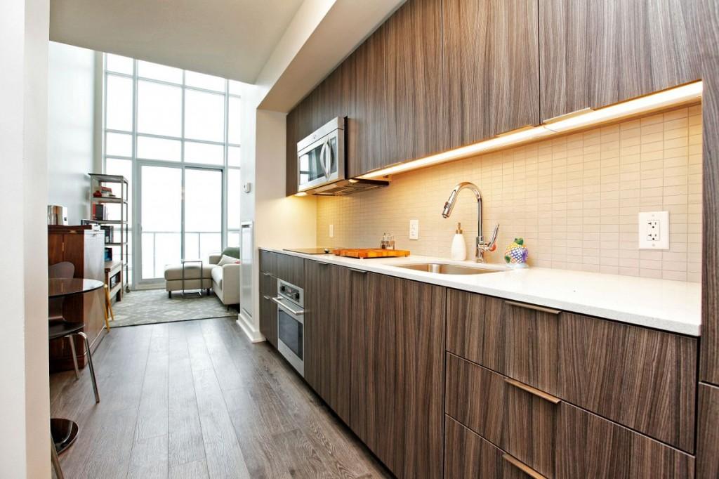 5 Hanna Ave 715 Kitchen 1