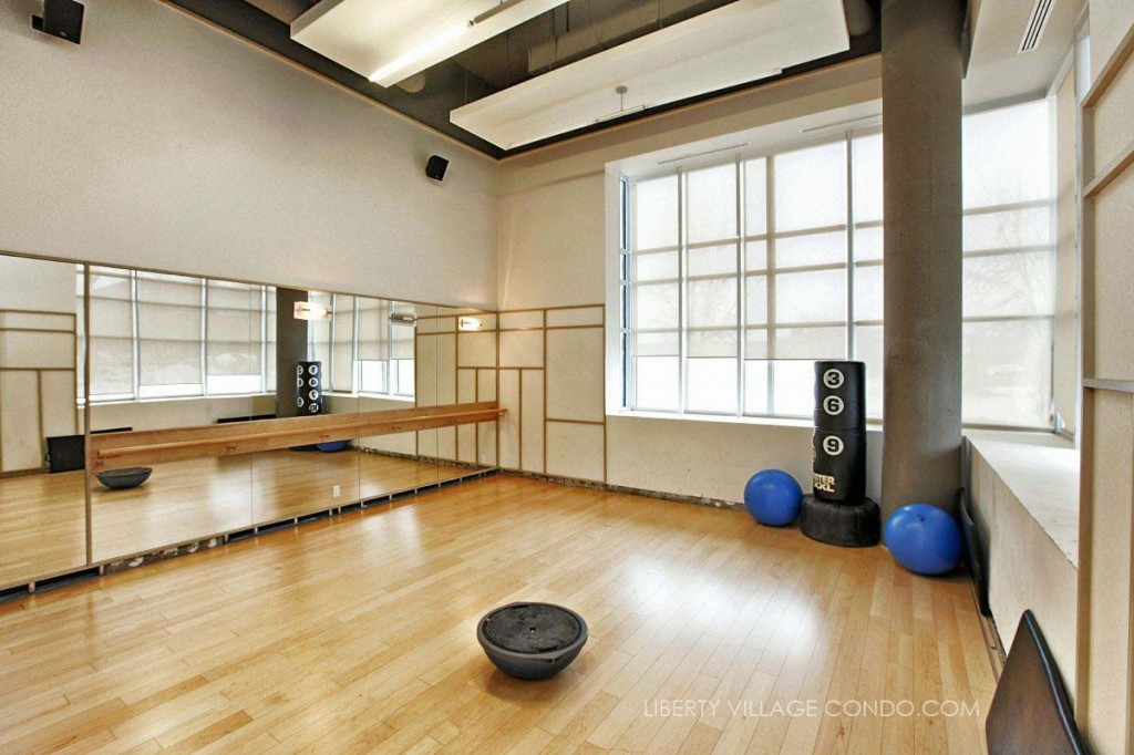 5 Hanna Ave Amenities Yoga Studio