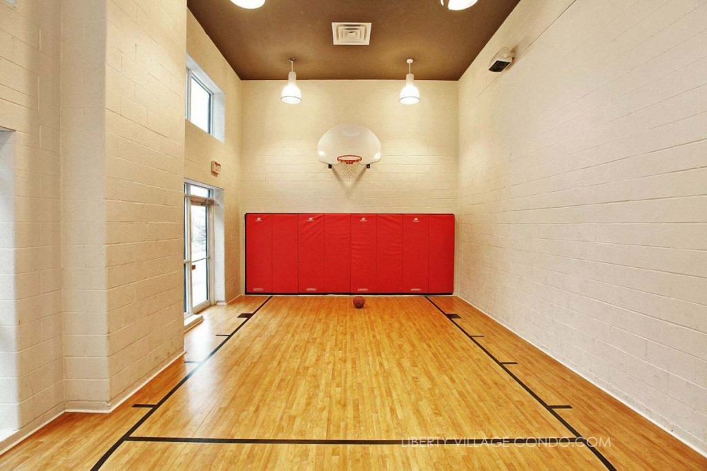Liberty Market Lofts Half Basketball Court