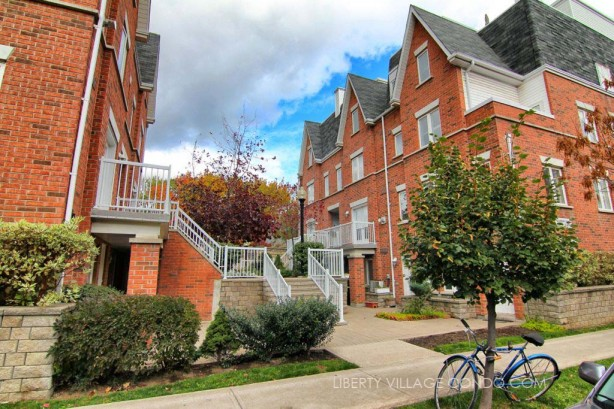 12 Sudbury St townhomes walkways