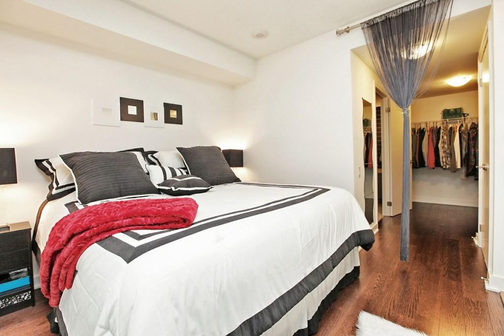 5 Hanna Ave 325 Bedroom 2