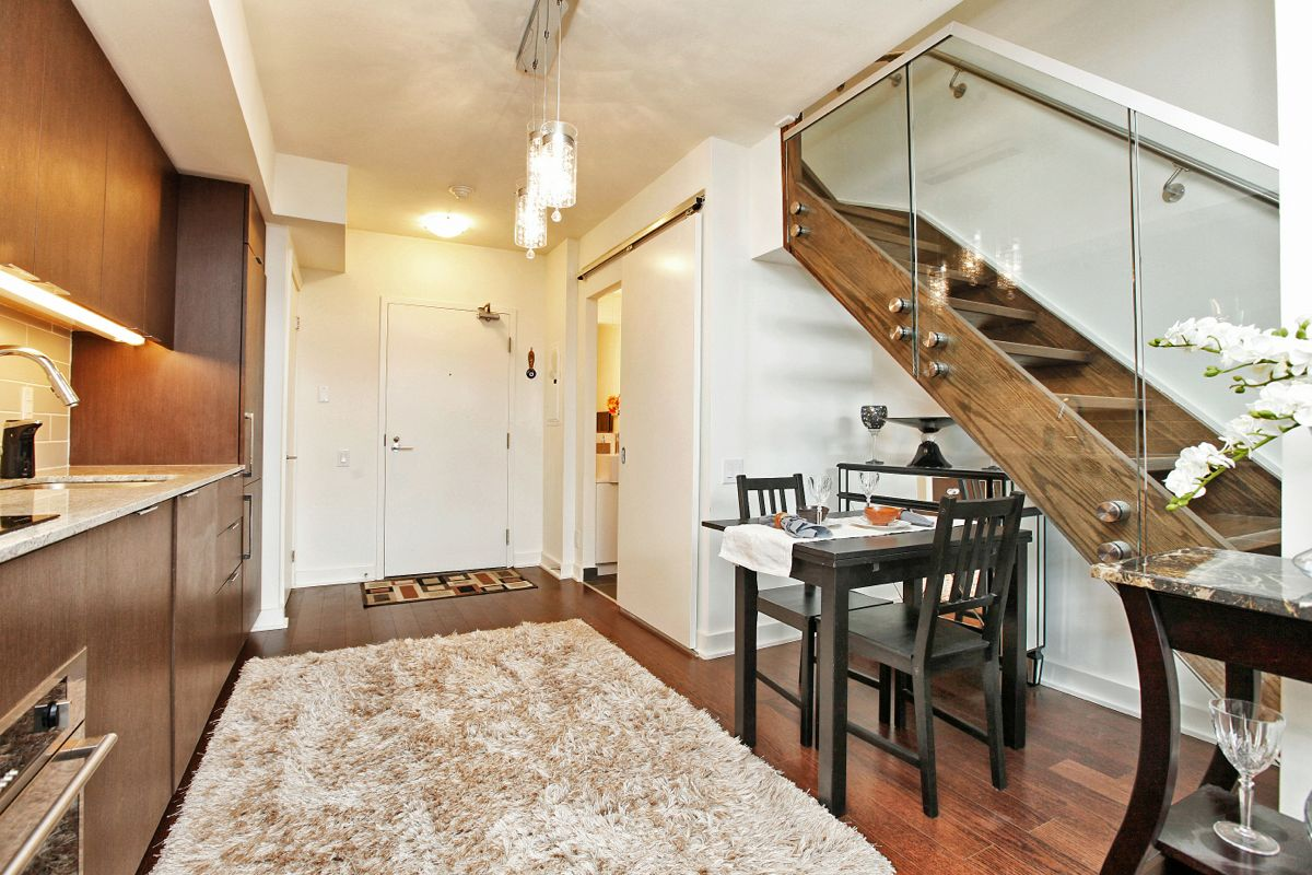 Just Sold 2 Storey 1 Bedroom Loft Suite At 5 Hanna Ave