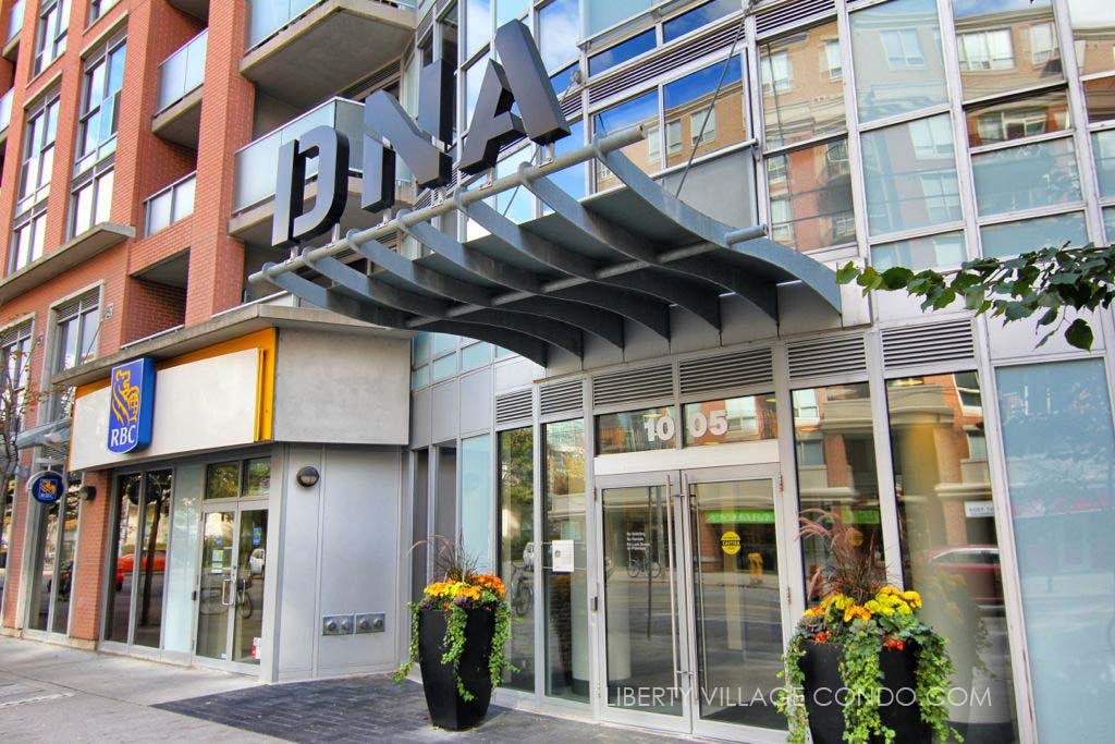 DNA 2 condos main entrance at 1005 king st w
