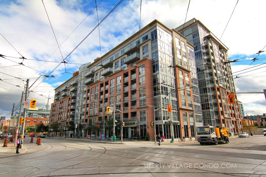 Dna 2 Condos at 1005 King St W