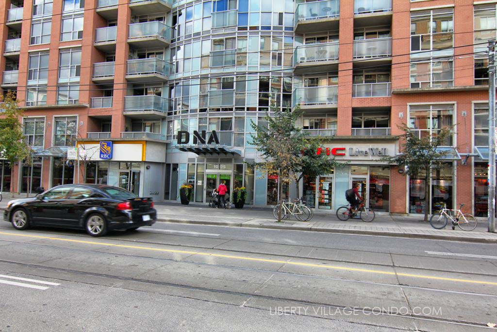 Main entrance of DNA 2 condos at 1005 King St W